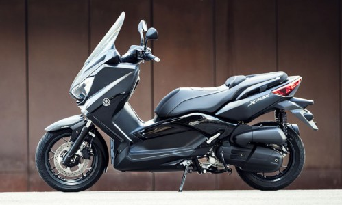 Nouveaux scooters X-MAX IRON MAX